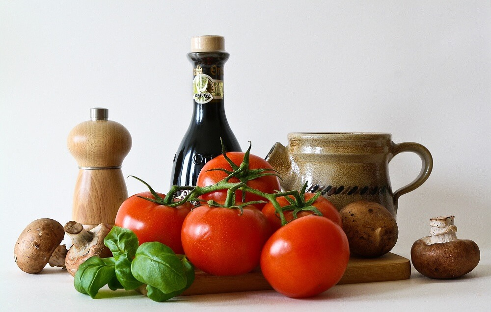 shirataki e pomodoro e basilico