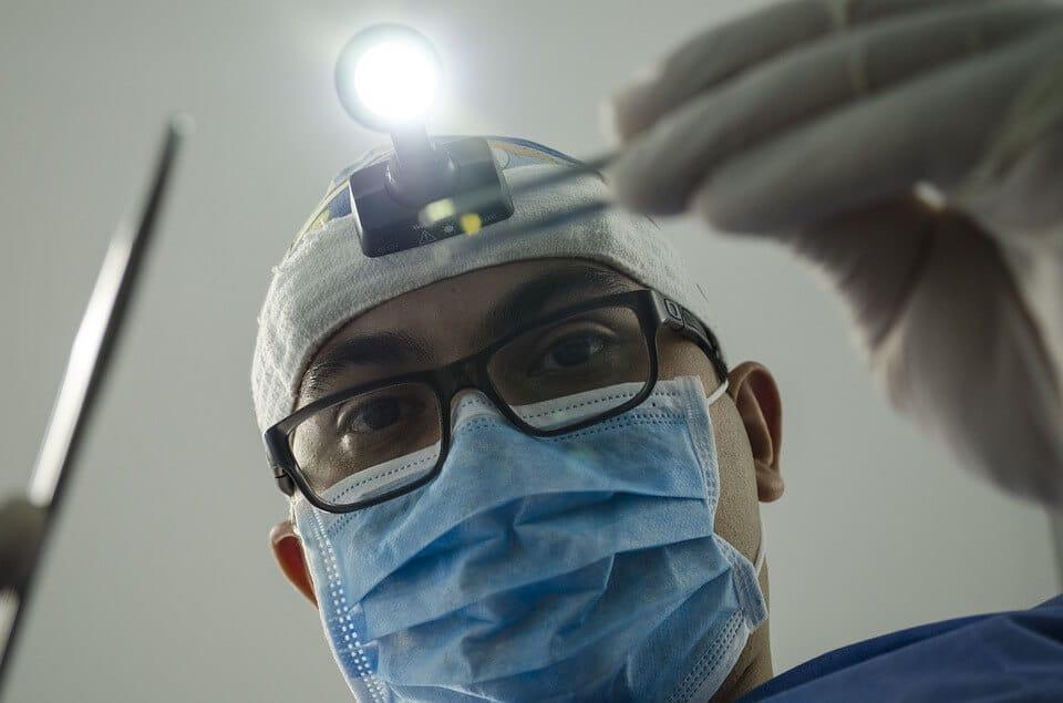 dentista ablazione del tartaro